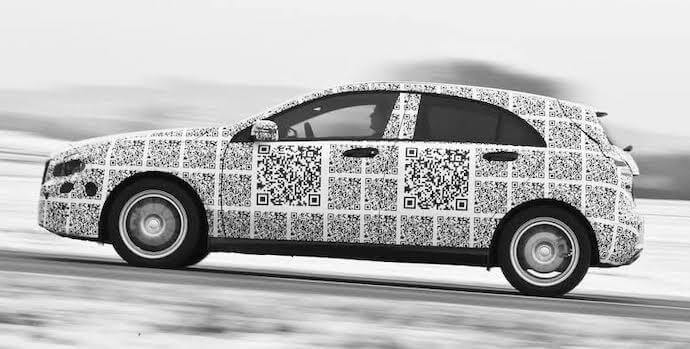 QR Codes on mobile objects